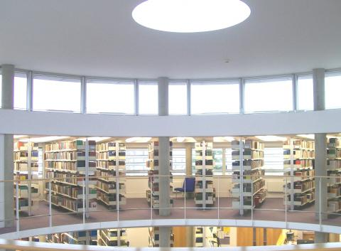 Divinity Library, mezzanine. Photographed by Clemens Gresser