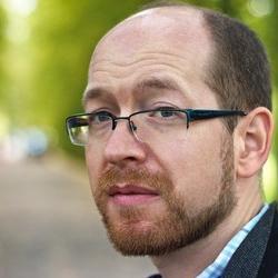 Dr Andrew  Davison
