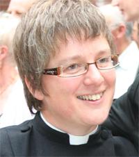 Dr Jane  Leach