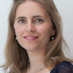 Dr Silvianne  Aspray