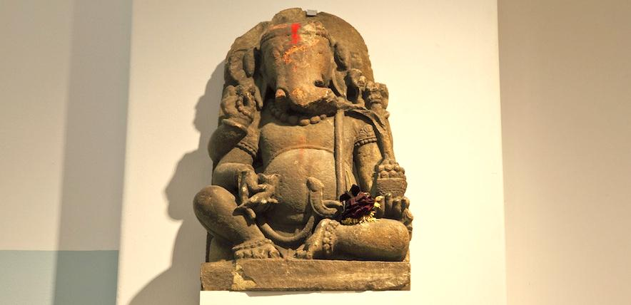 Sir Cam, Hinduism