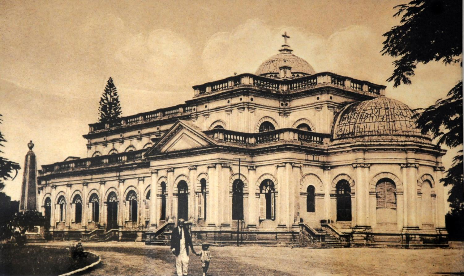 Title: St. Marks Cathedral, Bangalore. (Old Postcard Re-print). Creator: India Post. Source: https://tinyurl.com/yfb6nap4. Licence: Public domain